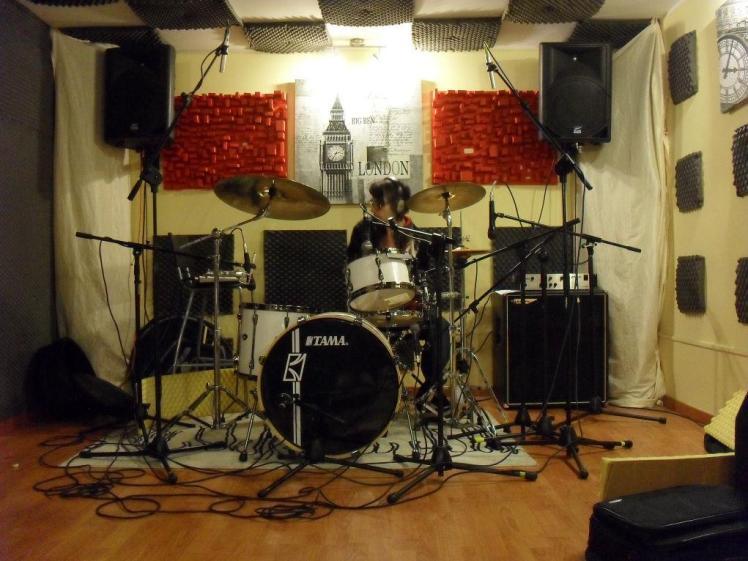 Francesco Vecchio drums