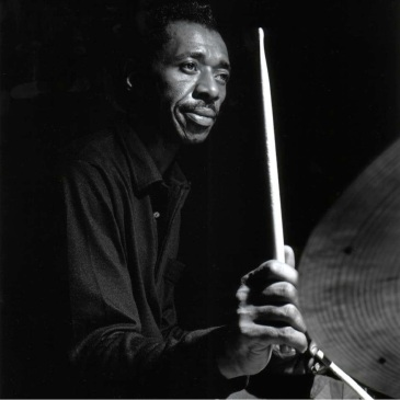 Philly Joe Jones drum lick - Sid's Ahead drum trading fours