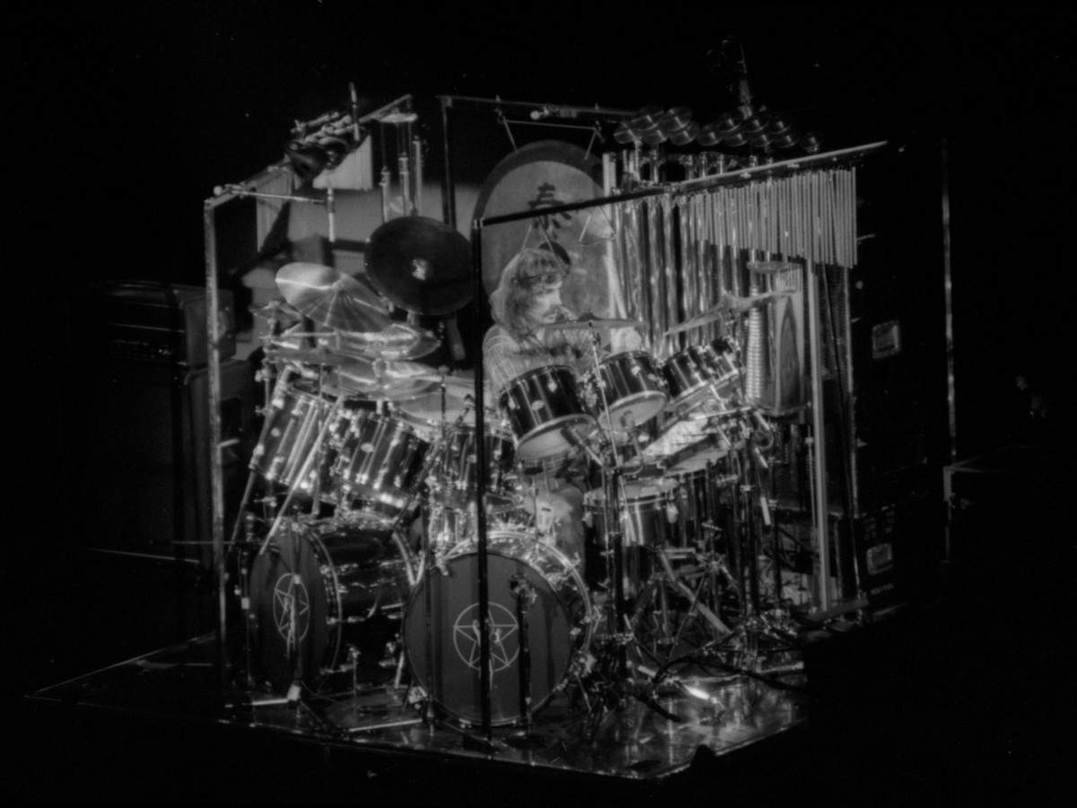 neil peart an introduction to his drumming style book